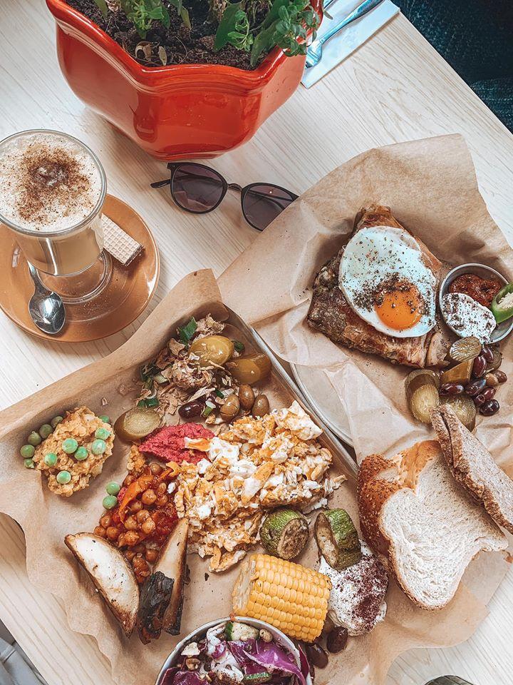 קפה דיומא ארוחת בוקר