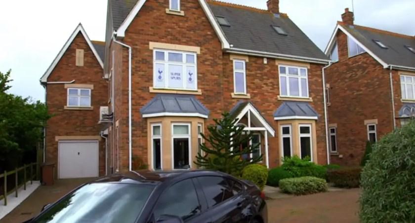 Rich house.jpg
