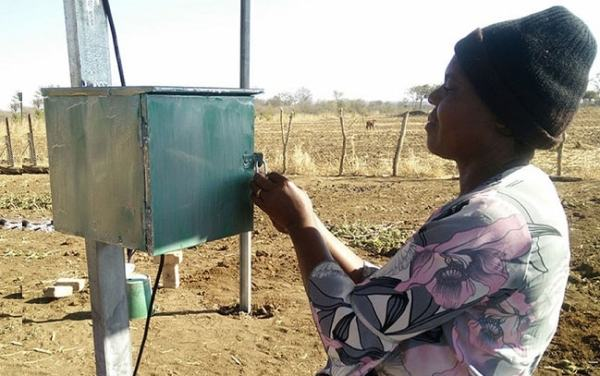 A solar pump in a rural marginal area. Image credit  massmaninter.com