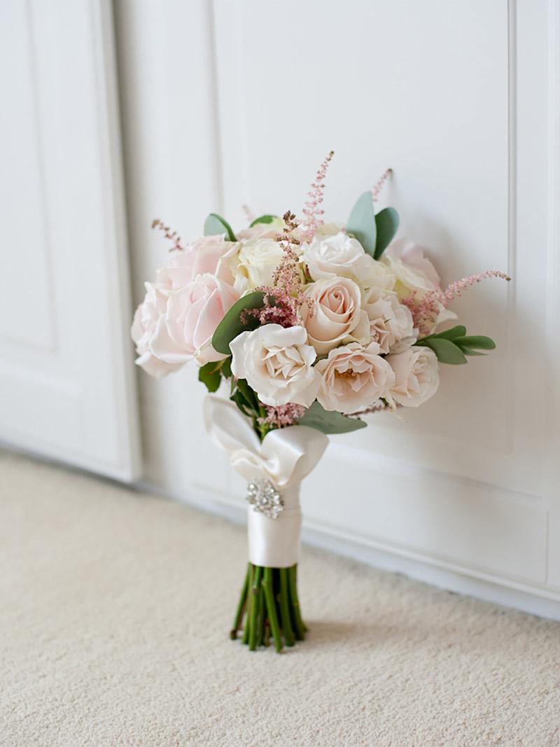 Buquê de noiva artificial branco