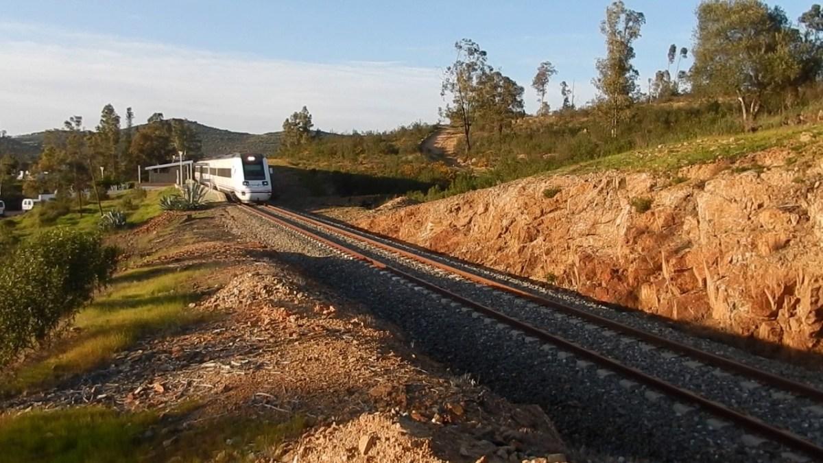 Huelva, Cáceres y Badajoz hacen frente común para la mejoras de lasinfraestructuras ferroviarias