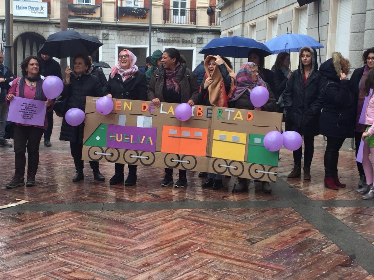 El Movimiento Feminista de Huelva muestra su preocupación por el archivo del caso de las cuatro mujeres que denunciaron acoso sexual en una finca de Almonte