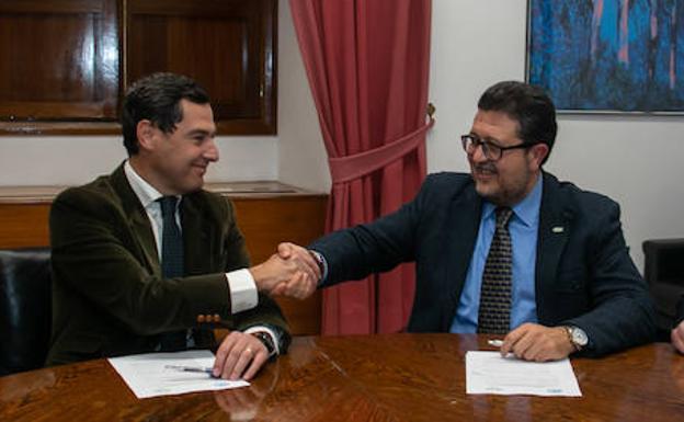 Moreno Bonilla, decidido a satisfacer a la extrema derecha y modificar la Ley Andaluza de Memoria Histórica y Democrática
