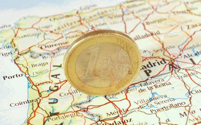 España tiene un déficit estructural de 35.000 millones y debería estar presente en la campaña electoral