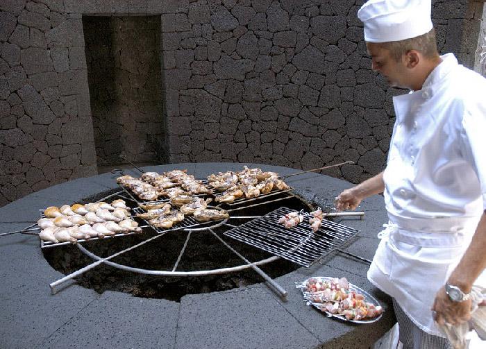 restaurante el diablo; sobre un volcan en lanzarote