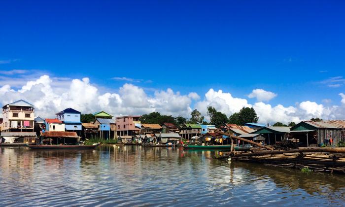 camboya por rio en aqua mekong