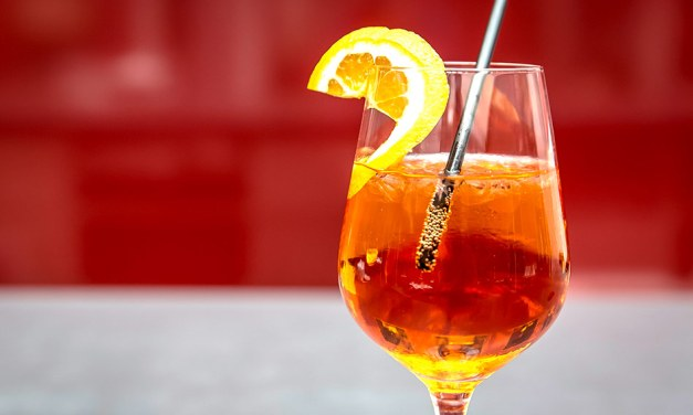 Las bebidas europeas tradicionales que no te puedes perder en tu próximo viaje