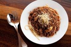 Receta de pasta bolognesa, spaghetti o fetuccini