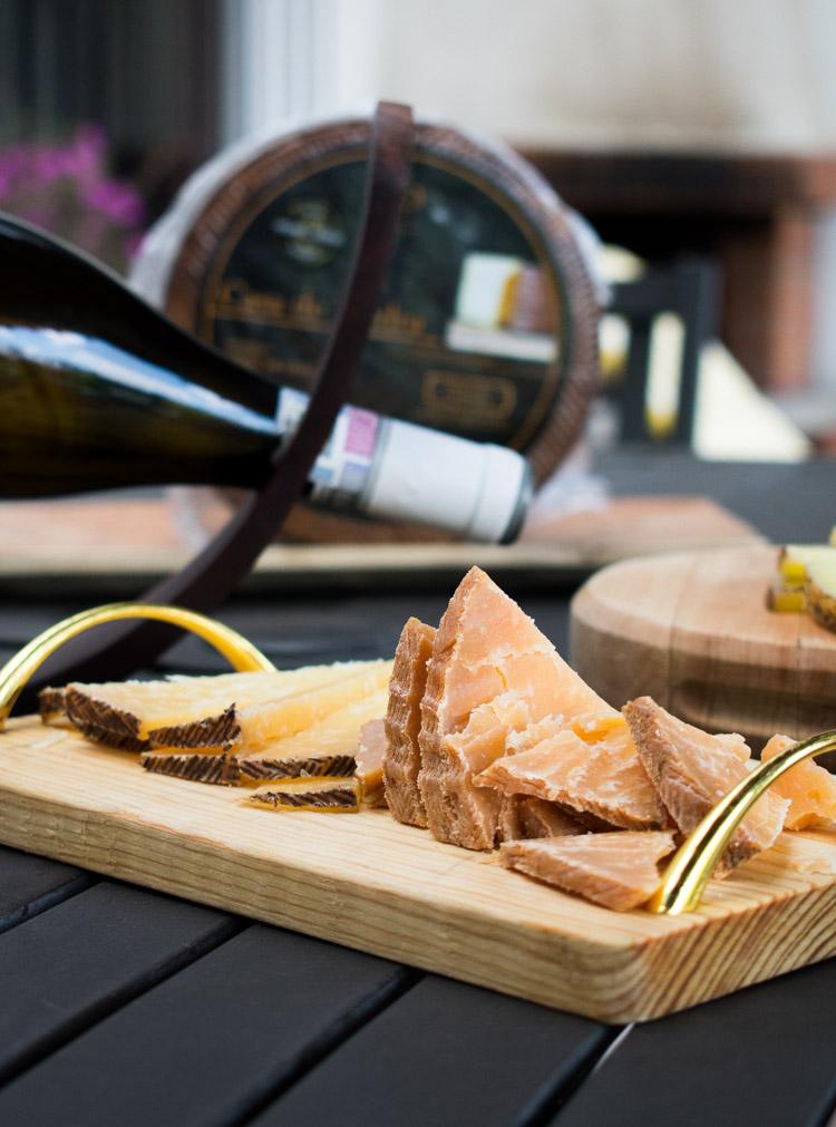 Quesos casa de piedra, quesos mexicanos de leche de oveja | Revista Maria Orsini
