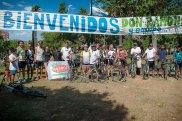 Grupo de ciclistas que acompañaron a Ramón en la última etapa.