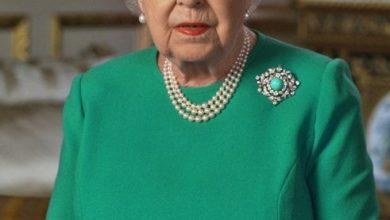 Photo of Regina Elisabeta și semnificația hainelor alese pentru discursul memorabil tv