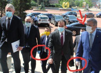 Cu mască și fără mască! Liderii PSD își bat joc de regulile împotriva coronavirus 3