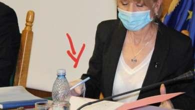 Photo of Cât a costat pixul cu care s-a semnat contractul pentru autostrada Pitești- Sibiu