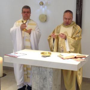 Missa na capela da Editora Ave Maria