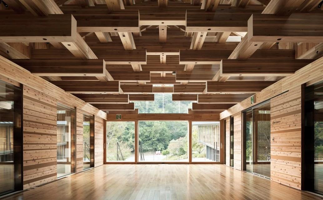 Proyecto Yusuhara wooden bridge.