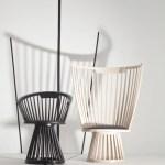 Sillas Fan de madera en color natural o negro, diseñadas por el británico Tom Dixon, en Zientte. Pintura blanca superlavable, de Pinturas Alfa.