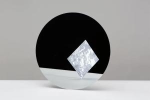 Artificial purity, the elements of silicon por Pascal Hein, en la bienal internacional de diseño de Saint-Etienne, 2015.