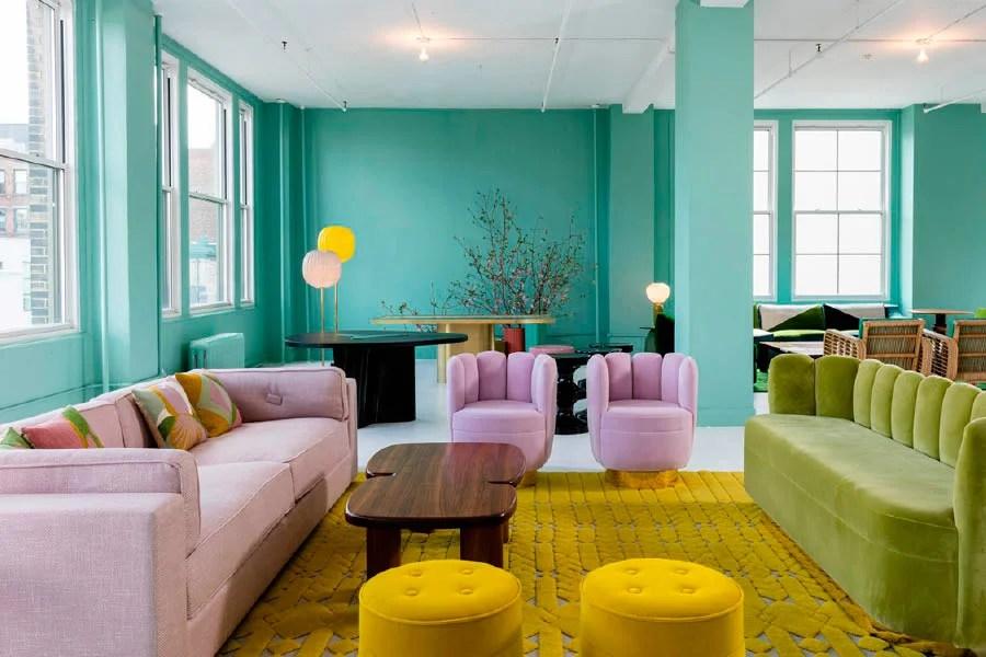 Exhibición de mobiliario en Ralph Pucci en Nueva York.