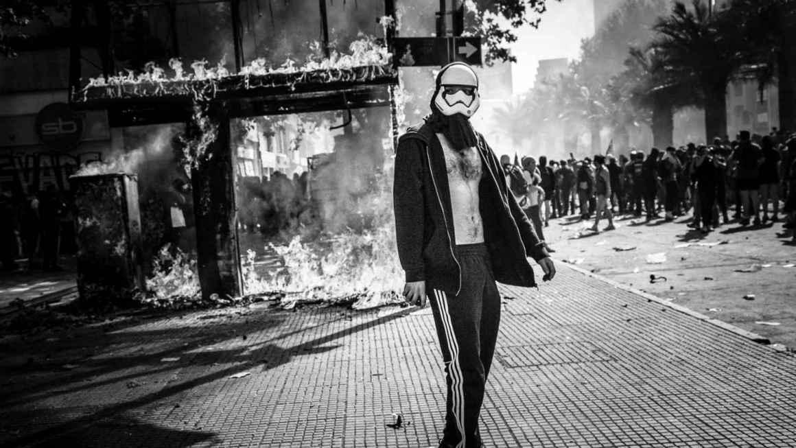 El estallido en Chile según Macarena Aceiton Fuentes