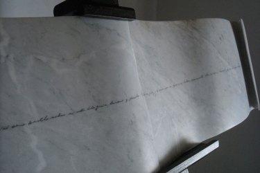 La declaración - 2012. Mármol de Carrara