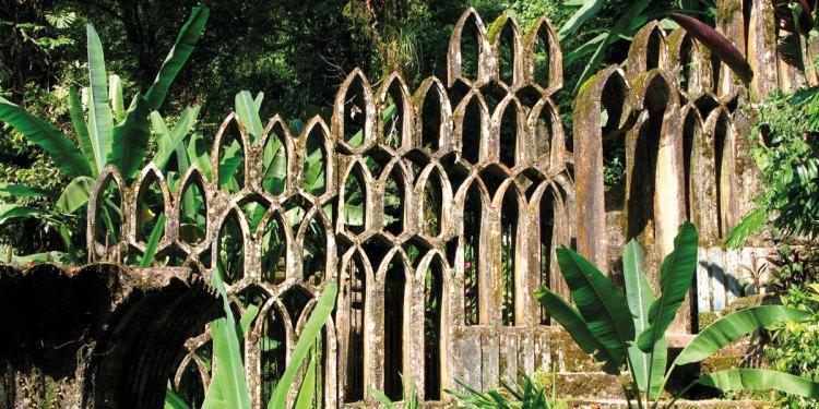 el jardin surrealista