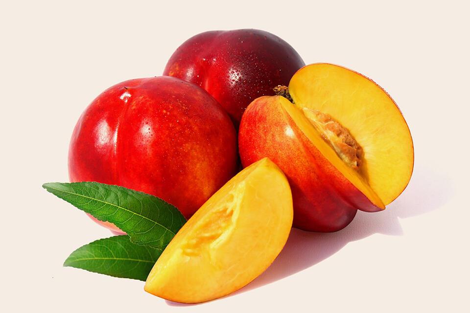 Nectarinele, gust și sănătate