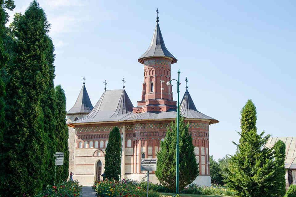 Popăuți, mănăstirea domnească