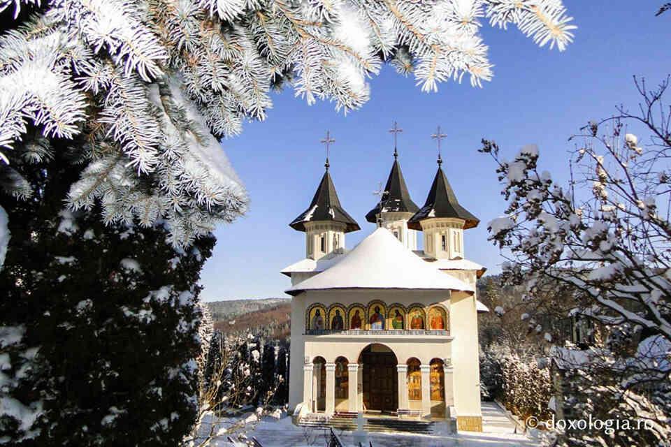 Mănăstirea Sihăstria, citadela din codrii neamțului