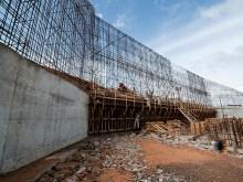 Obras no Canal de Derivação da hidrelétrica Belo Monte que está sendo construída em Altamira, no Pará. Foto Governo Federal/divulgação (dezembro 2011)