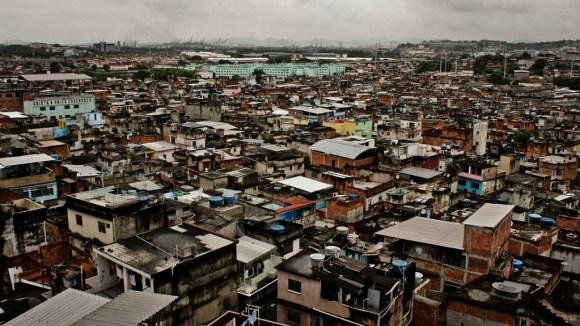 Visão aerea da Favela do Jacarezinho, Rio de Janeiro, Brasil. Março/2013