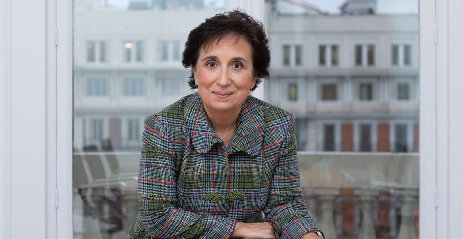 Emma Fernández, Consejera de Metrovacesa, Asti y Axwa