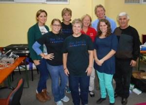 Echipa voluntarilor  oftalmologi SUA_Salonta 1