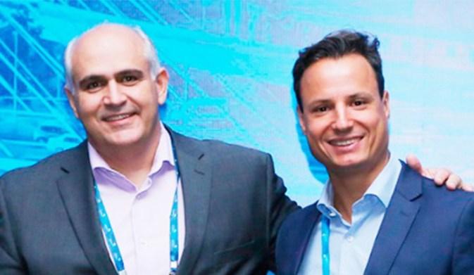 O atual presidente, Juliano Vinhal, e o presidente eleito, Vinícius Andrade (Foto: Reprodução/Febrafar)
