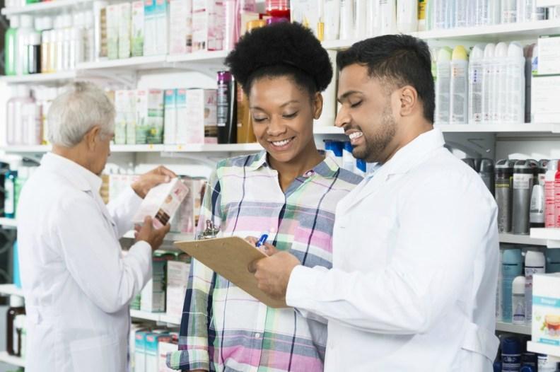 Consumidores fazem pesquisa antes de comprar