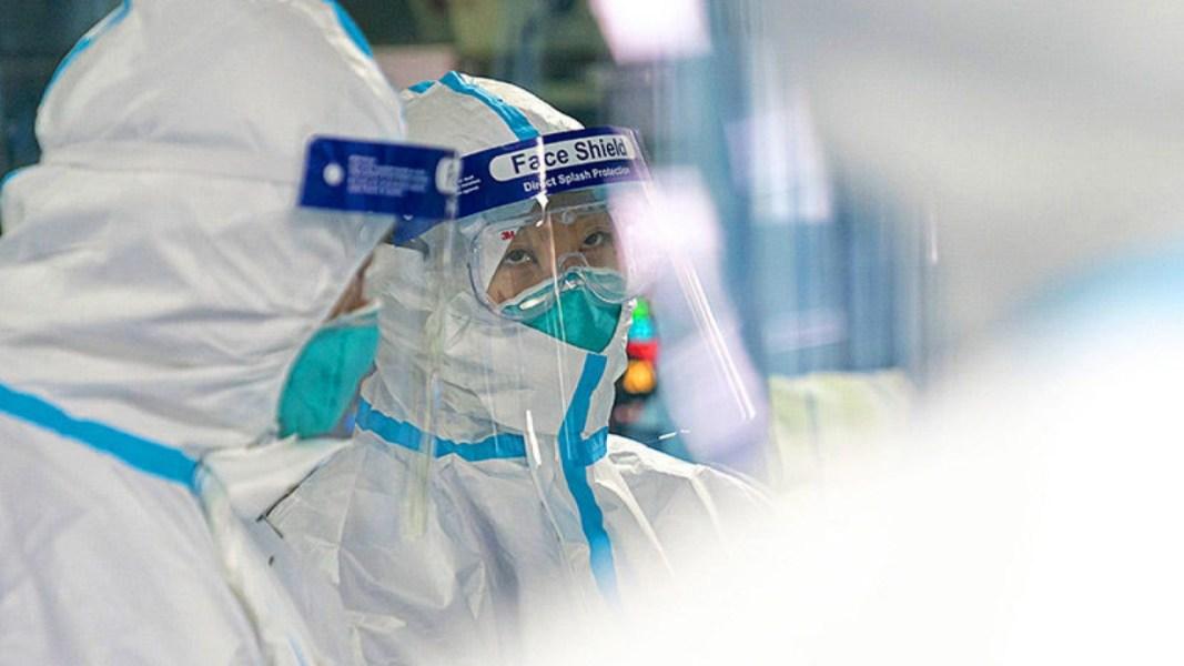 FQM Farmoquímica doa protetores faciais
