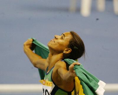juliana-santos-conquista-medalha-de-ouro-nos-1500m-gilvan-de-souza