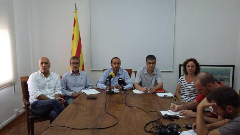 Momento de la rueda de prensa en que se explicaron las cuentas municipales. Autor: Ajt de Vilassar