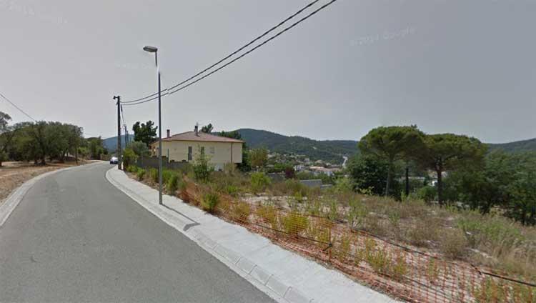 El incendio tuvo lugar en la calle Arenys de la urbanización Ágora Park