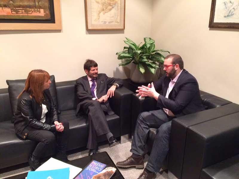 El alcalde explicó al responsable de los Mossos el aumento de los delitos en Mataró. Foto: Ajt de Mataró