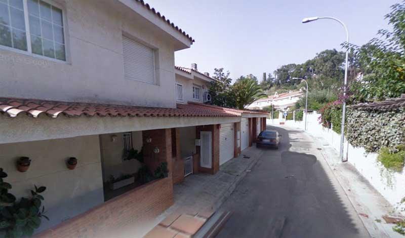 Los detenidos asaltaban una vivienda en la calle Estany