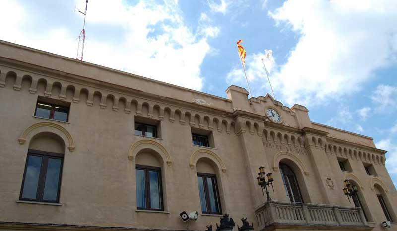 El Ayuntamiento ha avisado de la situación legal de la promoción