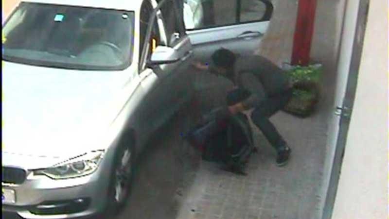 Imágenes de uno de los asaltos a vehículos. Foto: Guardia Civil