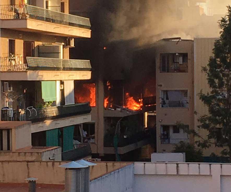 Imagen del incendio que provocó la explosión