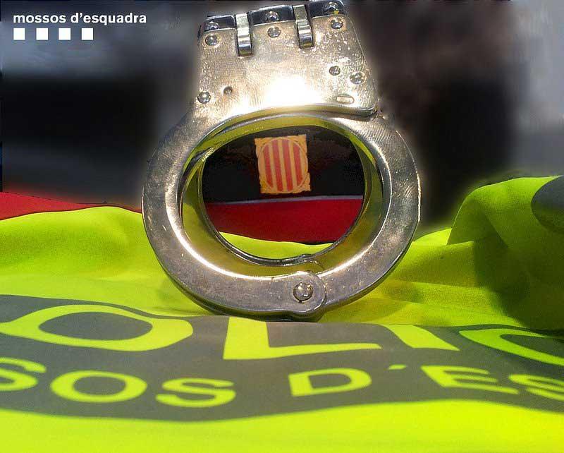 Los detenidos asaltaron tres domicilios en el Vallès Oriental