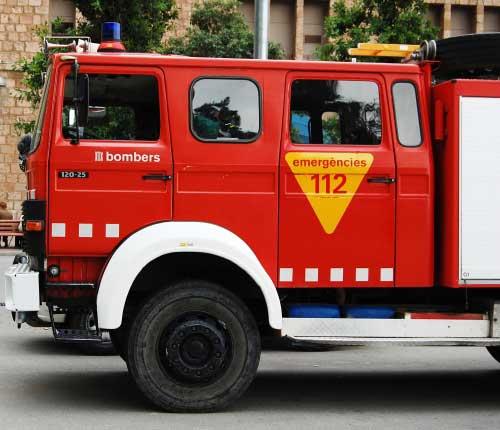 El incendio ha requerido cuatro unidades de bomberos