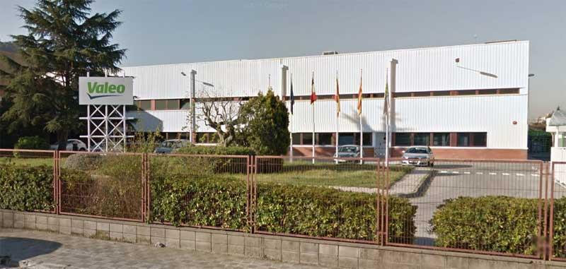 La planta de Valeo da trabajo a más de doscientas personas