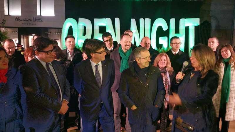 Puigdemont junto al alcalde Mayoral y la presidenta de Gran Centre