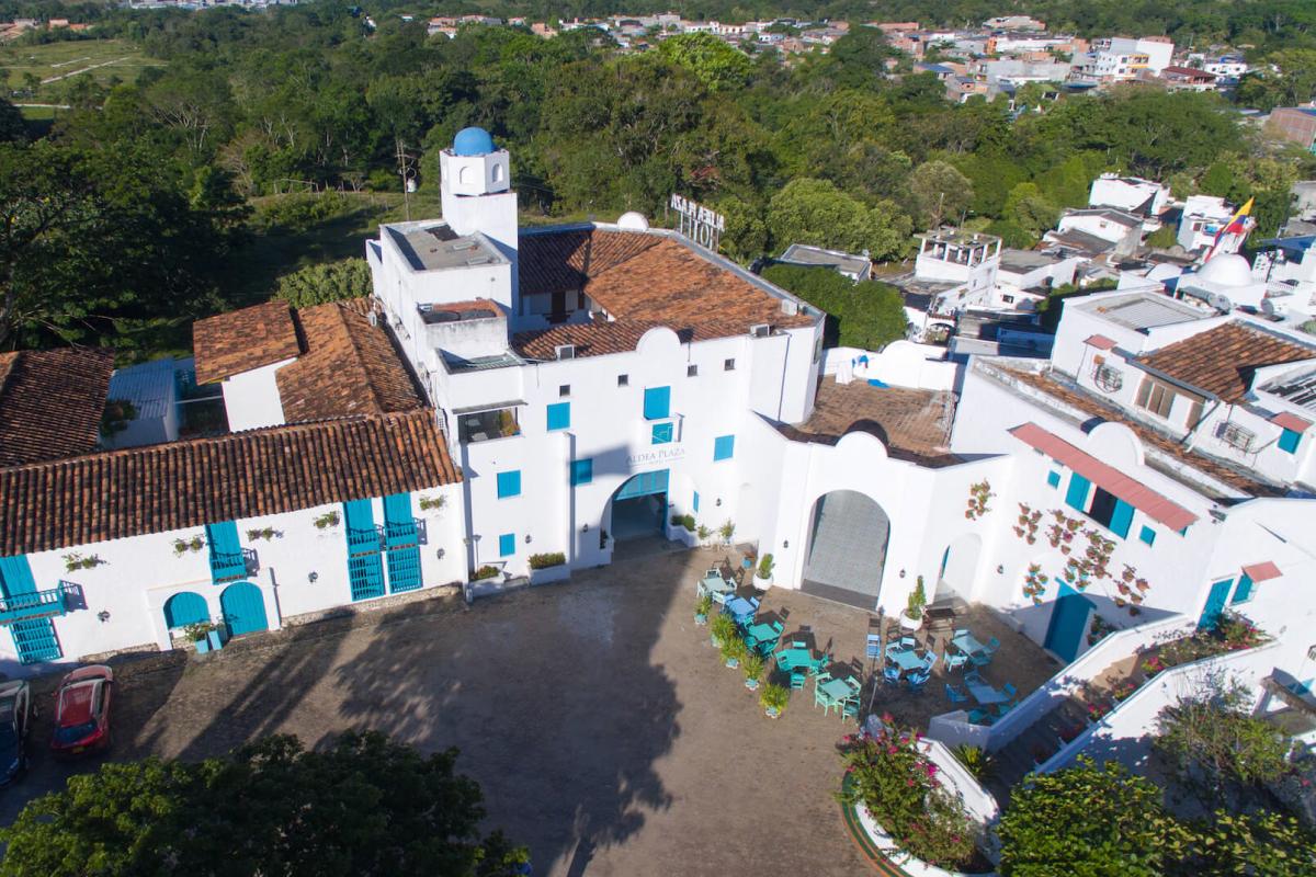 Hotel Aldea Plaza