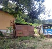 SP: Garagem de ônibus abandonada é invadida em São Roque