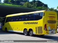 Ônibus da Itapemirim fica preso em túnel de Resende
